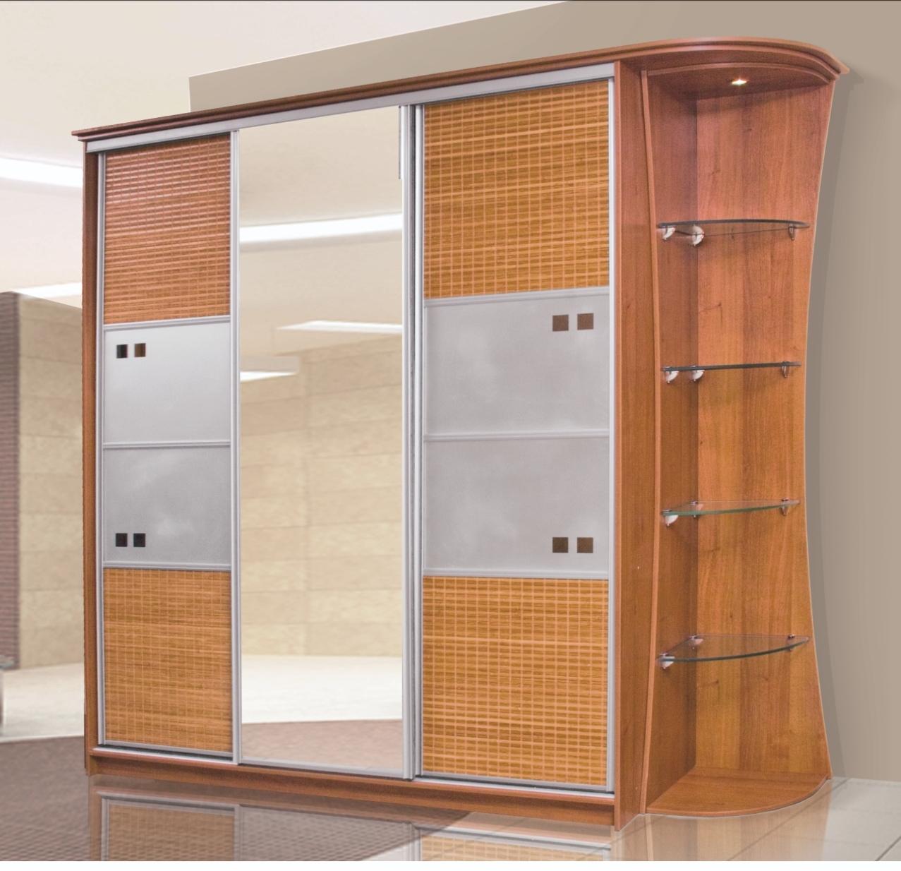 Кухни, столы, стулья, прихожие, шкафы-купе в мебельном салон.